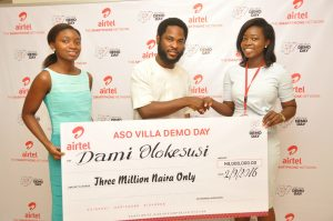 Director, Brand & Advertising, Enitan Denloye flanked by co-founder of Shuttlers, Busola Majekodunmi and founder of Shuttlers, Damilola Olokesusi during the prize presentation to the winners at Airtel Headquarters on Friday in Lagos.